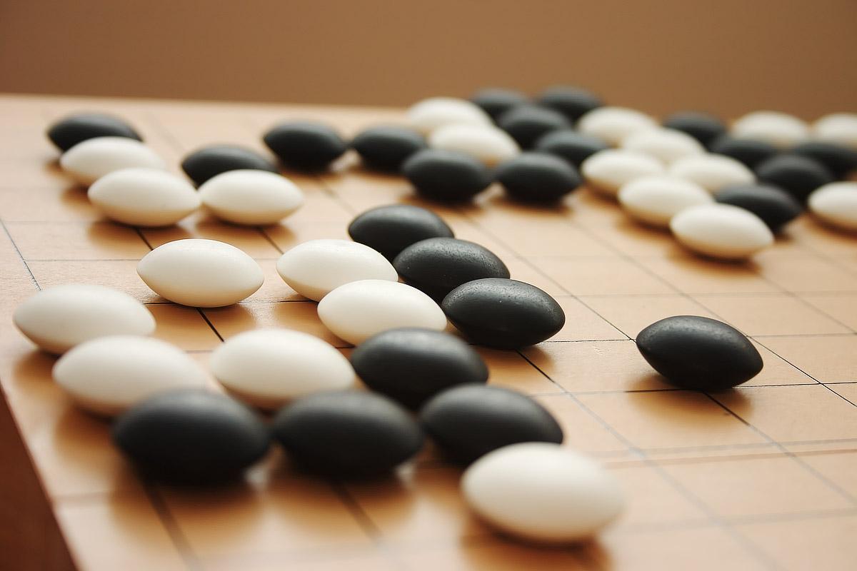 DeepMind el proyecto de inteligencia artificial de Google juega al Go como un profesional